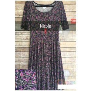 NWT Lularoe Nicole Dress Size Large